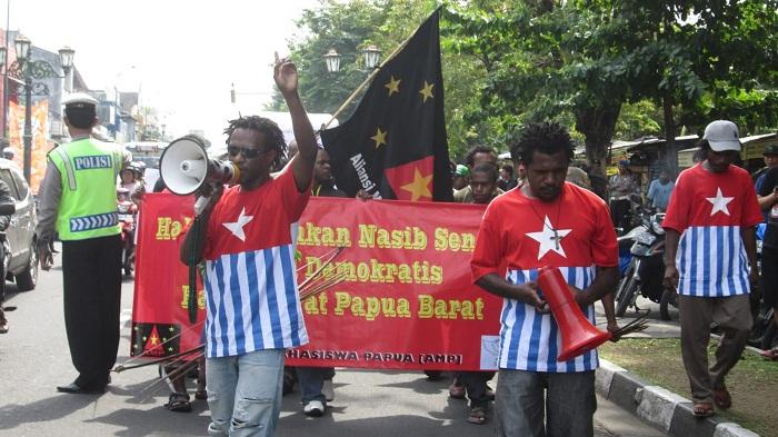 (Ilustrasi) Aliansi Mahasiswa Papua Komite Kota Yogyakarta (AMP-KKY) saat melakukan aksi demonstrasi. Foto: Dok. Suara Bintang Timur