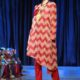 """Ilustrasi: Model memperagakan busana muslim karya desainer Itang Yunasz, pada kegiatan """"Minangkabau Fashion Festival"""", di Hotel Bumiminang, Padang, Sumatera Barat, Senin (23/5). Peragaan busana muslim tersebut menunjukkan sejumlah karya desainer ternama di Indonesia tergabung dalam Komunitas Desainer Etnik Indonesia. (ANTARA FOTO/Iggoy el Fitra via arah)"""