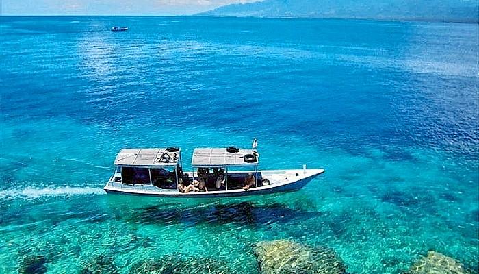 Banyuwangi miliki surga tersembunyi, Teluk Biru namanya!