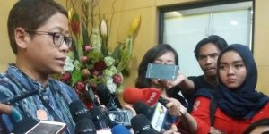 Pelaksana Harian (Plh) Kabiro Humas KPK, Yuyuk Andriati mengkonfirmasi keempat saksi tersebut belum juga hadir di KPK/NUSANTARANEWS.CO/Rere Ardiansah