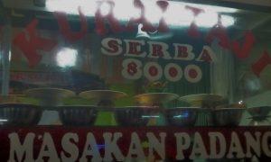 Masakan padang murah serba 8000 Ibu Yet di Kota Bogor/Foto Lulus Novita / Nusantaranews