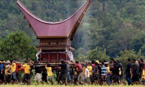 Ilustrasi: Masyarakat Tanah Toraja melakukan upacara Rambu Solo'/Foto Istimewa