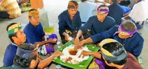 Tradisi Megibung Warga Kampung Islam Kepaon Denpasar Bali/ Ilustrasu SelArt / Foto dok. Novita Anggraeni
