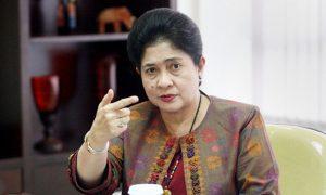 Menteri Kesehatan (Menkes), Nila Djuwita Moeloek