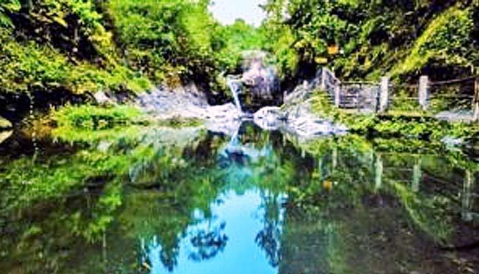 Telaga sunyi, teater alam, dan Taman Kaloka di Baturaden Banyumas.