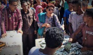 Dokumentas Menteri Susi Pudjiastuti di pelabuhan nelayan Larantuka NTT/Foto Nusantaranews