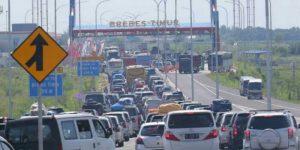 Kemacetan di Brebes Timur/Foto via Halloapkabar