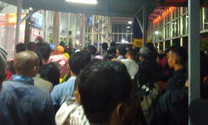 Ilustrasi: Suasana mudik 2016 di Stasiun Pasar Senen, Jakarta Pusat/Foto: NUSANTARANEWS/Eriec Dieda