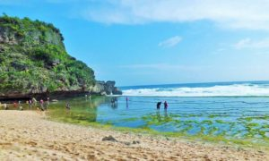 Pantai Nguyahan, Saksi Sejarah Penjajahan Belanda/Foto Nusantaranews