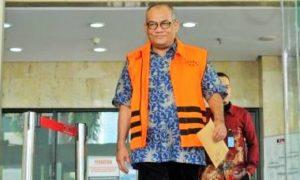 Pengusaha Yogan Askan (YA) memakai rompi orange/Foto Nusantaranews via liputan6