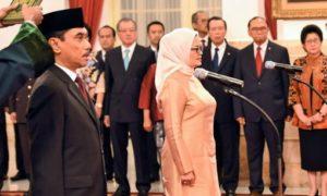 Sumpah Suhardi Alius saat dilantik sebagai Kepala BNPT/Foto Nusantaranews via jpnn.com