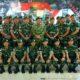 Foto bersama: Pangkostrad dengan para perwira satgas usai acara pengarahan di Papua/Foto via kostrad.mil.id