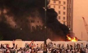 Api dan asap hitam di lokasi kejadian di dekat Masjid Nabawi Seperti dalam rekaman Video yang dipulikasikan al-Jazirah/Foto via Reuters