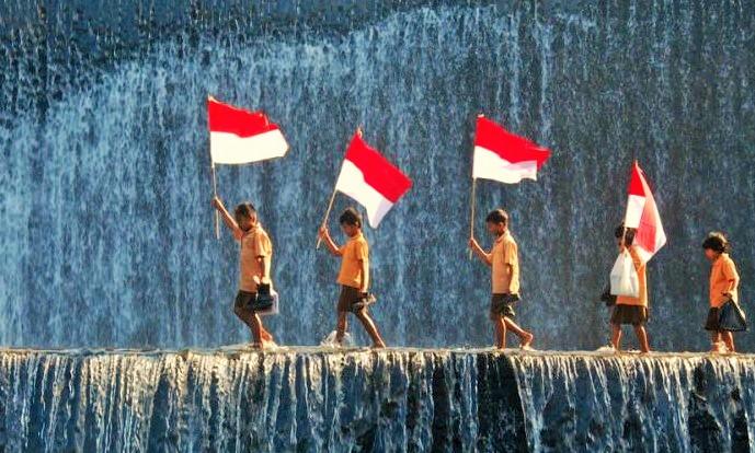 Melihat Indonesia Kini/Foto nusantaranews via Apelphotography