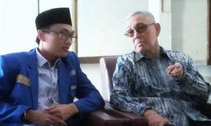 Wapres Ke-6 RI Try Sutrisno dan Ketua Umum PMII Aminudin Ma'ruf /Foto via Okezone