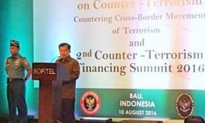 Wakil Presiden Jusuf Kalla di atas Podium/Foto nusantaranews via detikcom