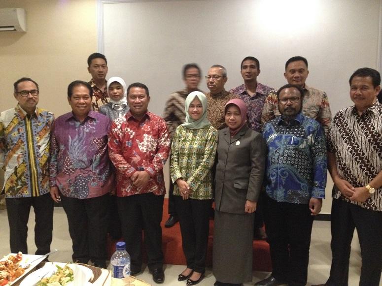 sejumlah anggota DPR RI dari Komisi V dengan Bupati Nunukan/Foto Edy