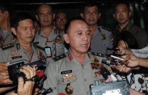 Irjen Pol Mochamad Iriawan (depan) saat menjawab pertanyaan wartawan/Foto Liputan 6