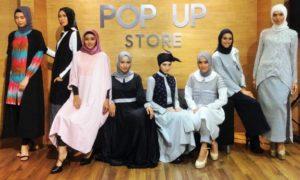 Pose Model Busana Muslim/Foto Istimewa