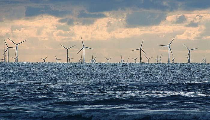 Menegok turbin angin lepas pantai di Belanda.