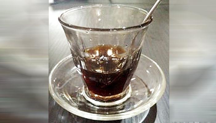 Sensasi beda kopi pancong khas Kalimantan.