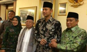 Agus-Sylviana bersama Ketua Umum PBNU saat Sowan ke PBNU/Foto: tajuk.id