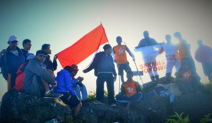 Laskar Nawacita di Gunung Lemongan/Foto: Dok. Seknas Jokowi