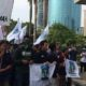 Kesatua Aksi Mahasiwa Muslim Indonesia (KAHMMI) menggelar unjuk rasa di depan Gedung KPK/Foto Fadilah /Nusantaranews