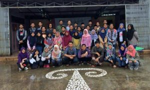 Foto bersama peserta Makrab Himpunan Keluarga Mahasiswa Alumni Tebuireng Jabodetabek/Foto Boim/nusantaranews