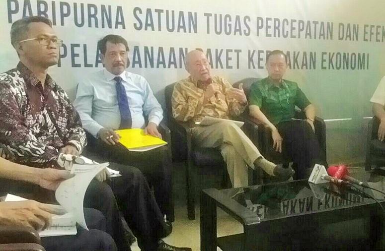 Bahas Paket Kebijakan Ekonomi, Tom Lembong Hingga Sofjan Winandi Kumpul di Kantor Darmin Nasution/Foto Andika / Nusantaranews