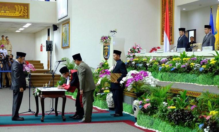 Pelantikan pengganti antar waktu (PAW) Wakil Ketua DPRD Provisi Lampung, Imer Darius/Foto Hendra
