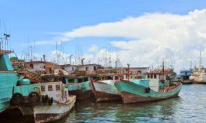 Kapal Penangkap Tuna di Pelabuhan Benoa/Foto: jemzikan.blogspot.com