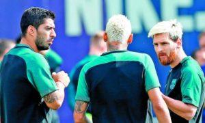 Trio MSN (Messi, Suarez, Neymar) tampak serius saat Sesi Latihan/Foto IST
