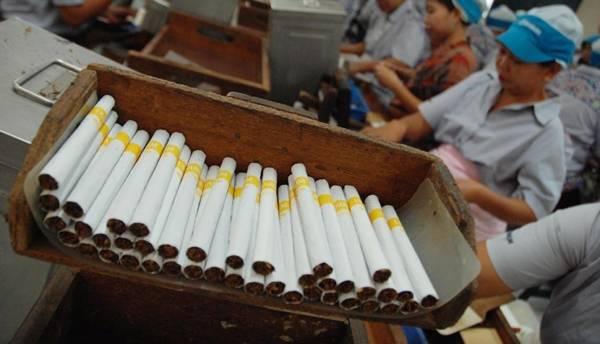 Pabrik pembuatan rokok kretek/Foto istimewa