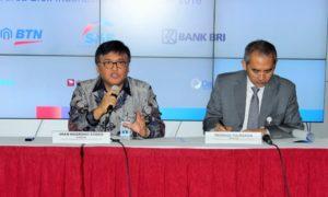Direktur BTN Iman Nugroho Soeko saat acara pencatatan EBA-SP SMF-BTN 02 Kelas A, di Bursa Efek Indonesia (BEI), SCBD Sudirman, Jakarta, Rabu (9/11)/Foto Andika / Nusantaranews