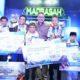 Menag Lukman foto bersama para juara Festival dan Kompetisi Robotik Madrasah 2016/Foto: Dok. Kemenag/Danil