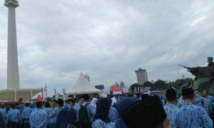ASN berkumpul di Monas untuk mengikuti Upacara HUT Korpri ke-45/Foto: Dok,. Humas Kemenag