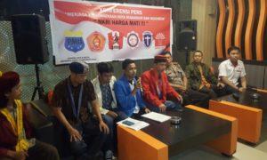 6 organisasi kemahasiswaan yang terdiri dari GMNI, PMII, GMKI, PMKRI, KMHDI, GEMA INTI Kota Makassar. Foto Nusantaranews