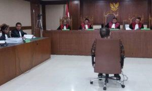 Sidang Mantan Ketua Kamar Dagang dan Industri (Kadin) Jawa Timur La Nyalla Mattalitti. Foto Fadhilah/Nusantaranews