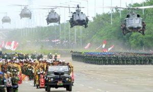 Hari juang kartika 2003 dan pembentukan 10 Batalyon RAIDER yang siap di kirim ke ACEH pada tg 25 des 2003/Foto Puspen TNI