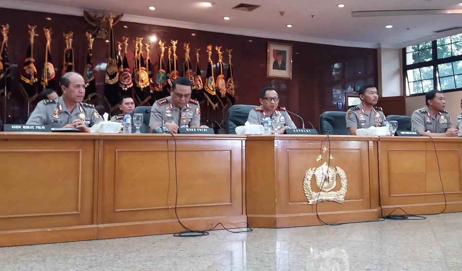 Tito Karnavian saat buka melakukan konferensi pers kasus Ahok. Foto Fadhilah/Nusantaranews