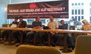 Wakil Ketua Komisi III DPR Benny Kabur Harman Saat Isi Diskusi di Jl. Menteng Jakarta Pusat. Foto Sulaiman/Nusantaranews
