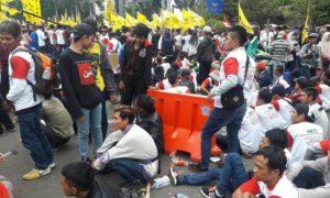 Atribut Partai Pendukung Calon Gubernur DKI di Aksi Kita Indonesia/Foto Nana (Istimewa)