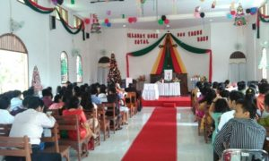Personel Kodim 0824 Bantu Polres Jember Amankan Peribadatan Natal Diseluruh Gereja Di Kab Jember/Foto Sis24