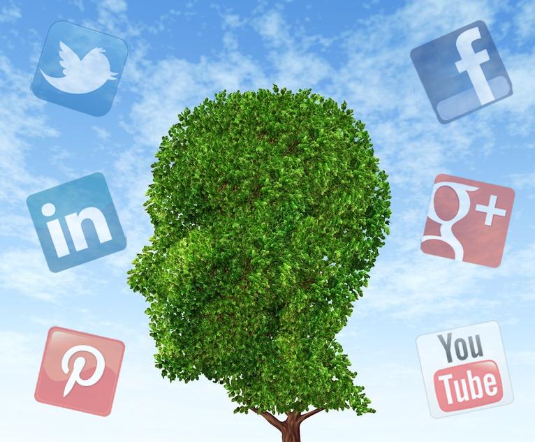 Media sosial dan kesehatan mental. Foto Ilustrasi/ist
