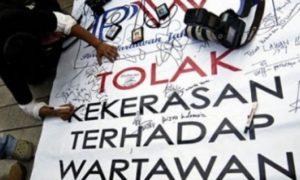 Stop Kekerasan Terhadap Jurnalis. Foto via indonesiatimes