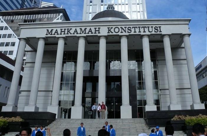 MK sore ini (41/12/2016) menggelar sidang perdana uji materi Undang-Undang Nomor 11 Tahun 2016 tentang Pengampunan Pajak (UU Pengampunan Pajak atau tax amnesty)/Foto via KPO