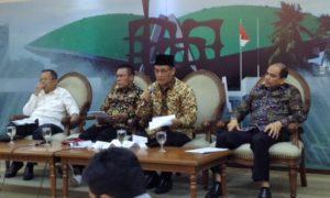 Dari kiri ke kanan, Arsul Sani (baju putih), Masinton Pasaribu, Muhammad Syafi'i dan Dossy Iskandar saat konferensi pers/Foto Deni / NUSANTARAnews