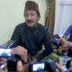 Bupati Ponorogo, H. Ipong Muchlissoni memberi keterangan pers usai opname di RS Premier Surabaya Minggu (1/1/2016) malam/Foto Nur