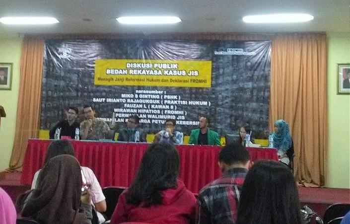 """Diskusi publik bertema """"Menuntut Janji Reformasi Hukum: Ditegakkannya Keadilan Dalam Kasus JIS"""", Selasa (10/1) di Gedung Joeang 45, Jakarta Pusat/Foto Sule/NUSANTARAnews"""